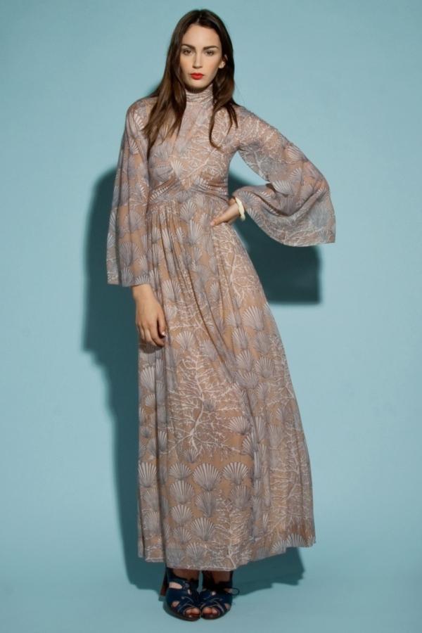 robe-hippie-chic-un-col-montant