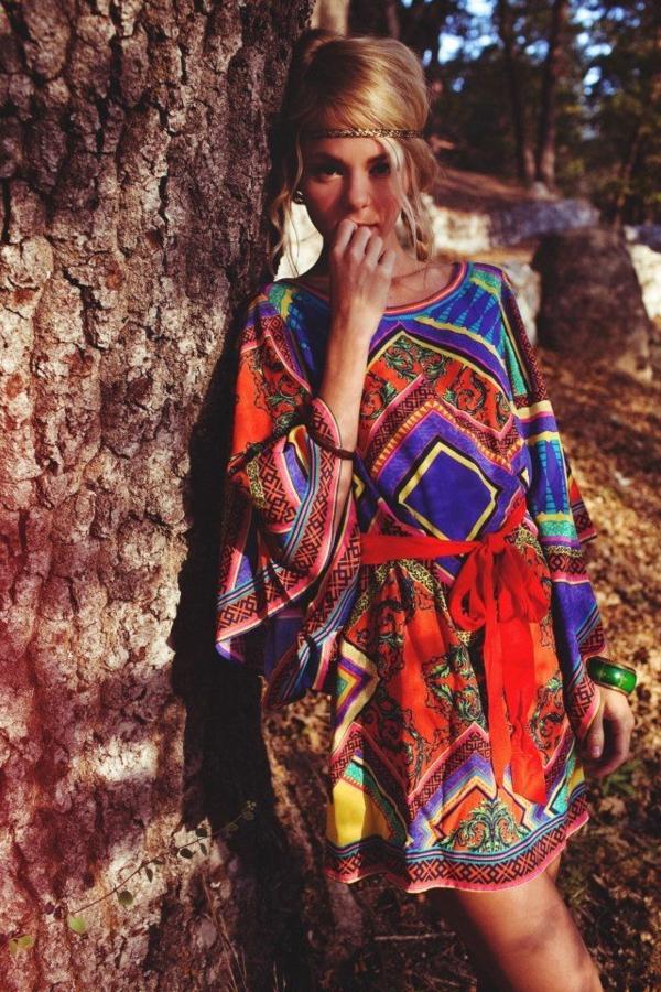 robe-hippie-chic-une-robe-tunique-en-couleurs-vives