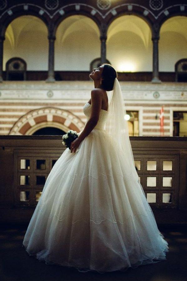 robe-princesse-pour-votre-mariage-royal-couche-de-soleil