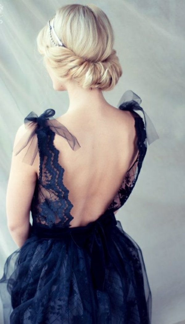 robe-soirée-evenement-spécial-dos-nue
