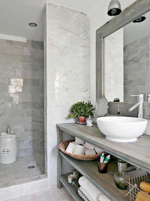 salle-de-bains-grise-avec-rangement-sous-vasque