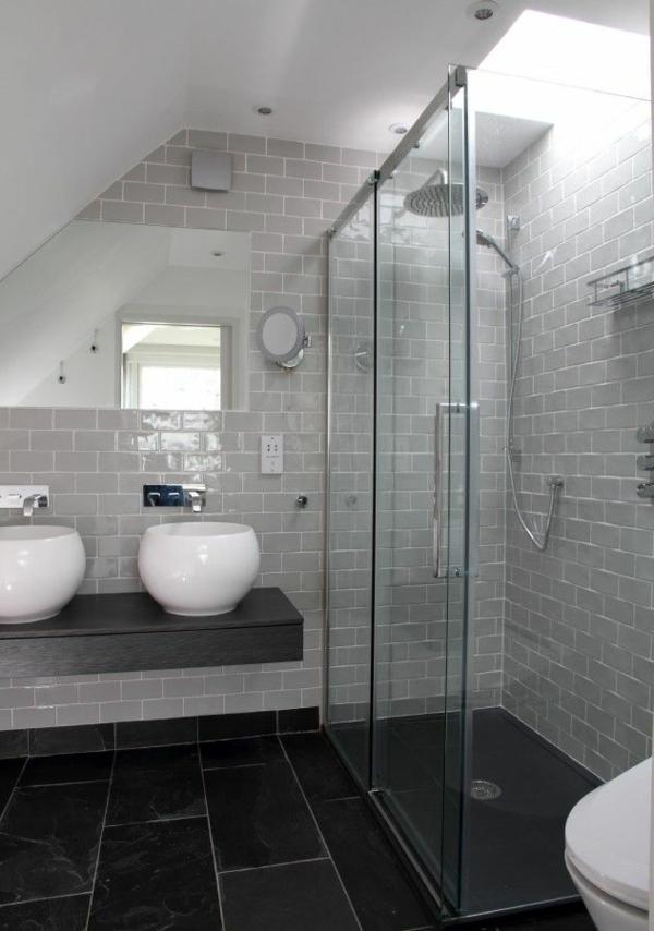Une salle de bains grise l gance et chic contemporain for Salle de bain carrelage noir