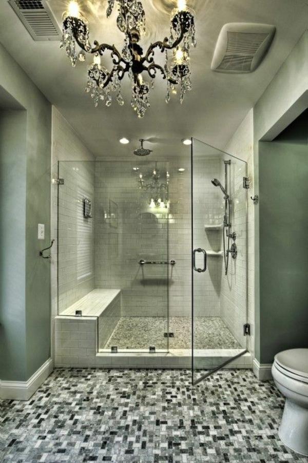 salle-de-bains-grise-magnifique-plafonnier-baroque-splendide