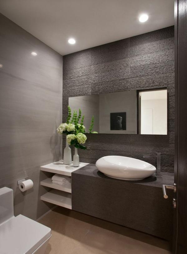 Salle De Bain Blanche Et Grise : Salle de bains grise super élégante avec éclairage encastré