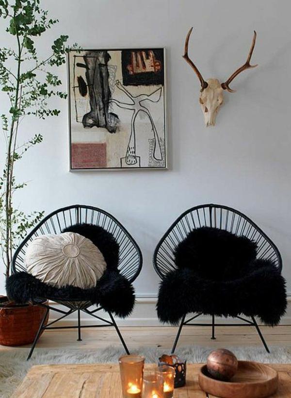salon-avec-fauteuil-papillon-noir