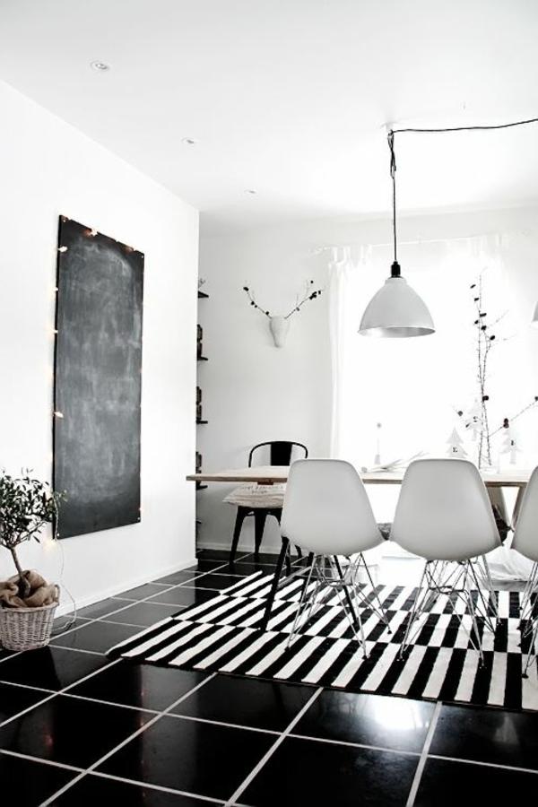 sol-noir-suspension-blanche-intérieur-blanc-noir