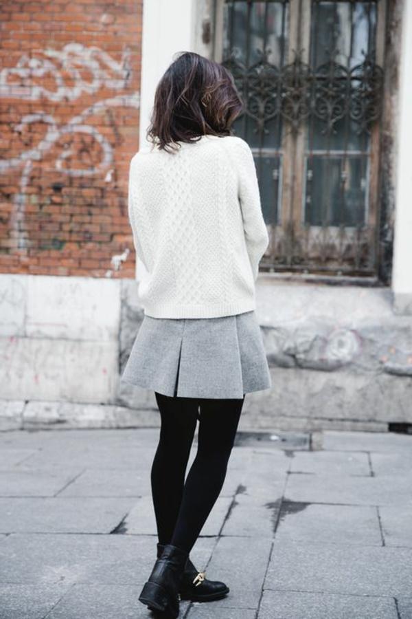 style-gothique-vêtements-gris