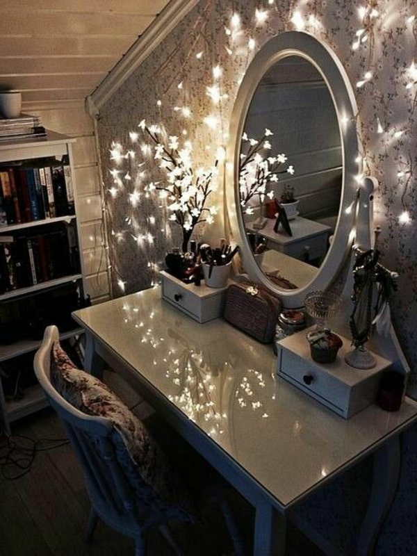 table-de-maquillage-belle-miroir