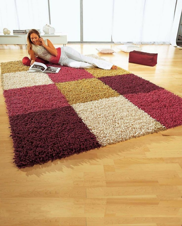 tapis-multicolore-grands-carreaux-multicolores