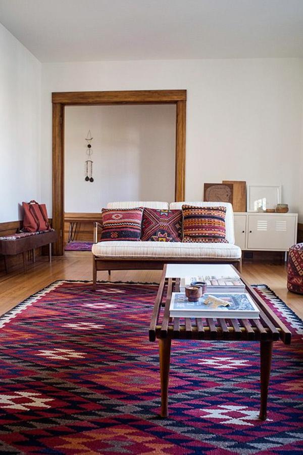 tapis-multicolore-intérieur-à-déco-aztèque