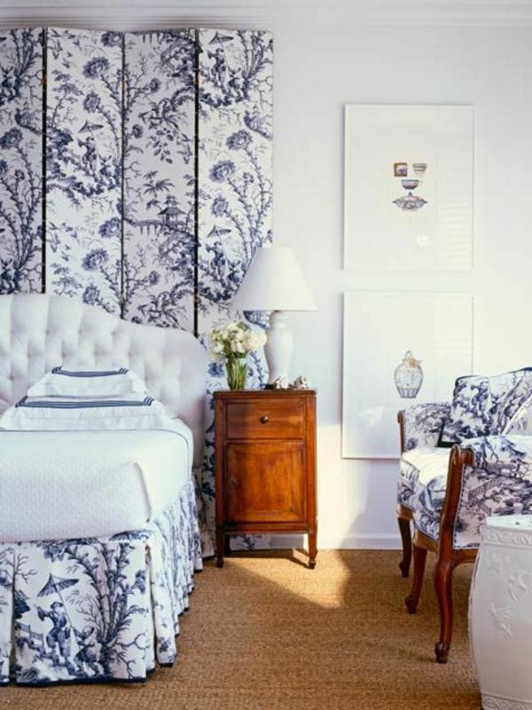 tapis-sisal-motifs-vintage-en-bleu-et-blanc