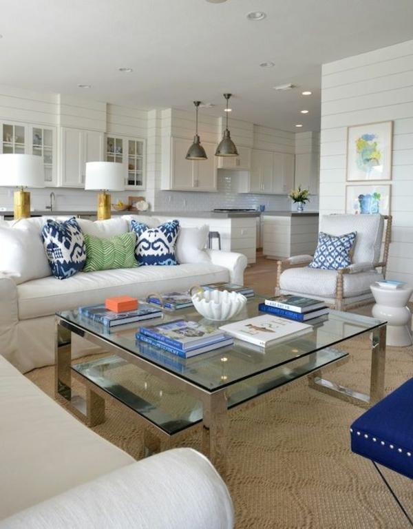 tapis-sisal-une-belle-table-en-verre-et-acier-peinture-blanche