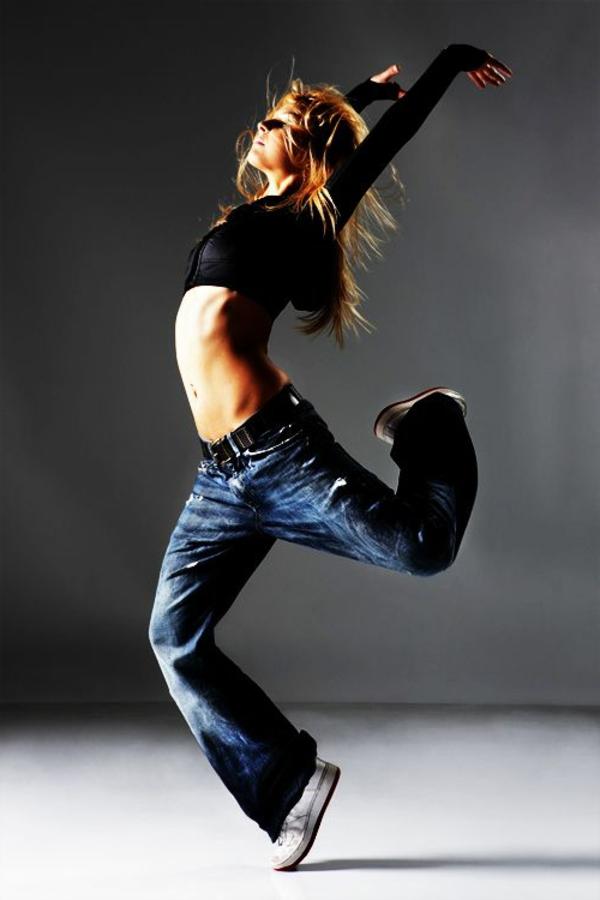 tenue-de-danse-moderne-ballet-moderne
