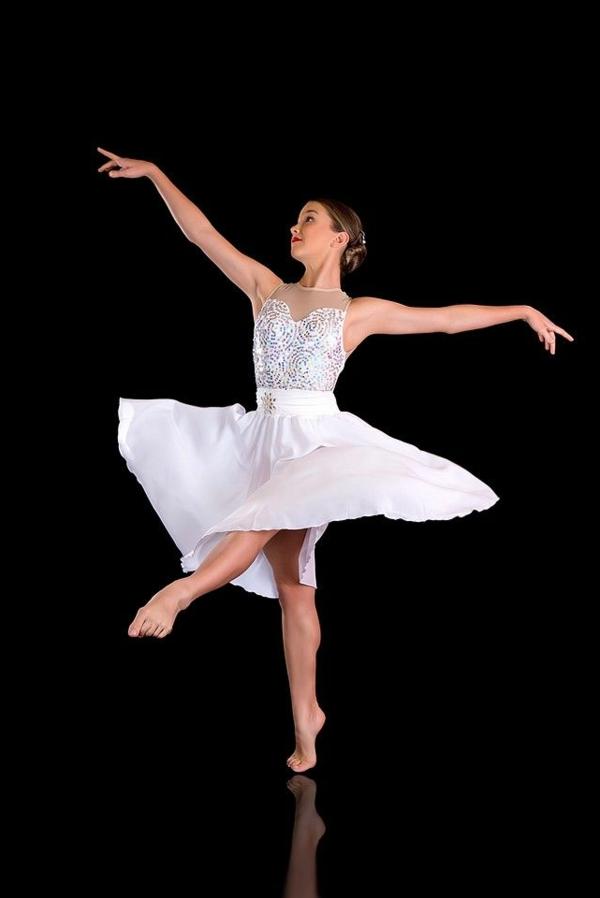 tenue-de-danse-moderne-jupe-corolle