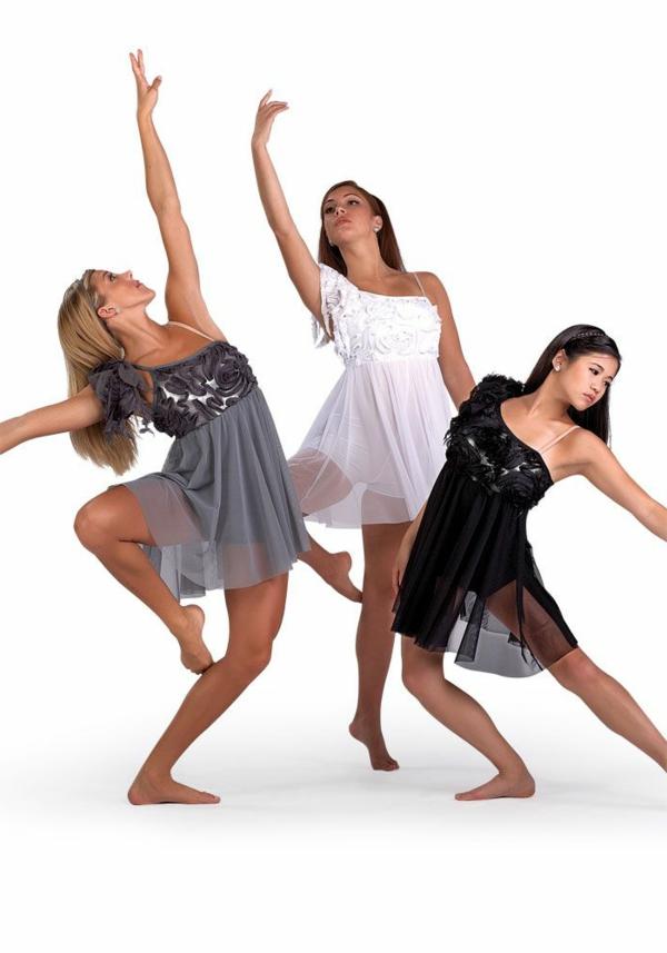tenue-de-danse-moderne-trois-filles-qui-dansent