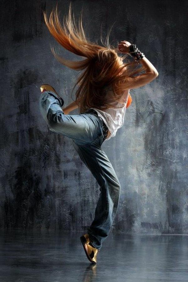 tenue-de-danse-moderne-un-free-style-magnifique