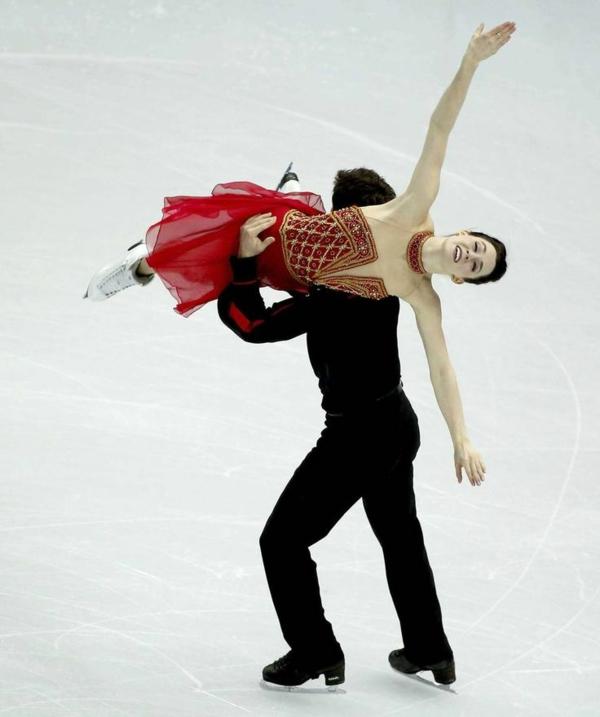 tenue-de-patinage-artistique-patinage-en-deux