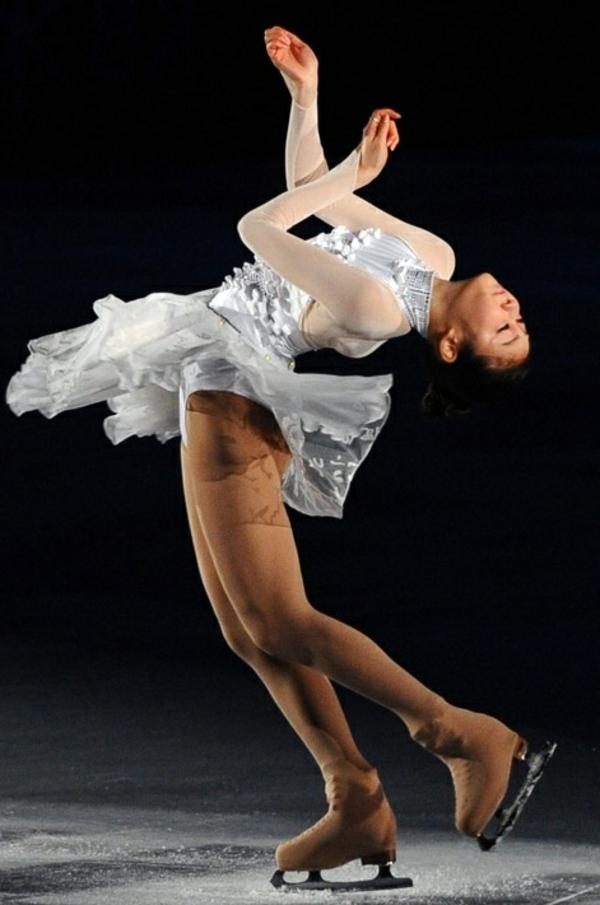 tenue-de-patinage-artistique-robe-féérique
