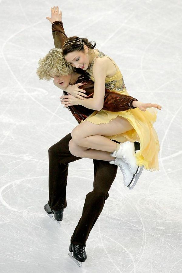 tenue-de-patinage-artistique-robe-jaune-formidable