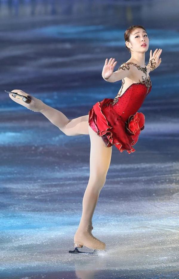 tenue-de-patinage-artistique-robe-unique-bicolore