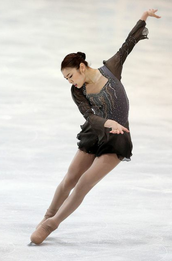 tenue-de-patinage-artistique-robes-de-patinage