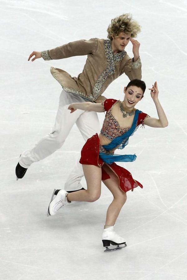 tenue-de-patinage-artistique-tenue-éthno