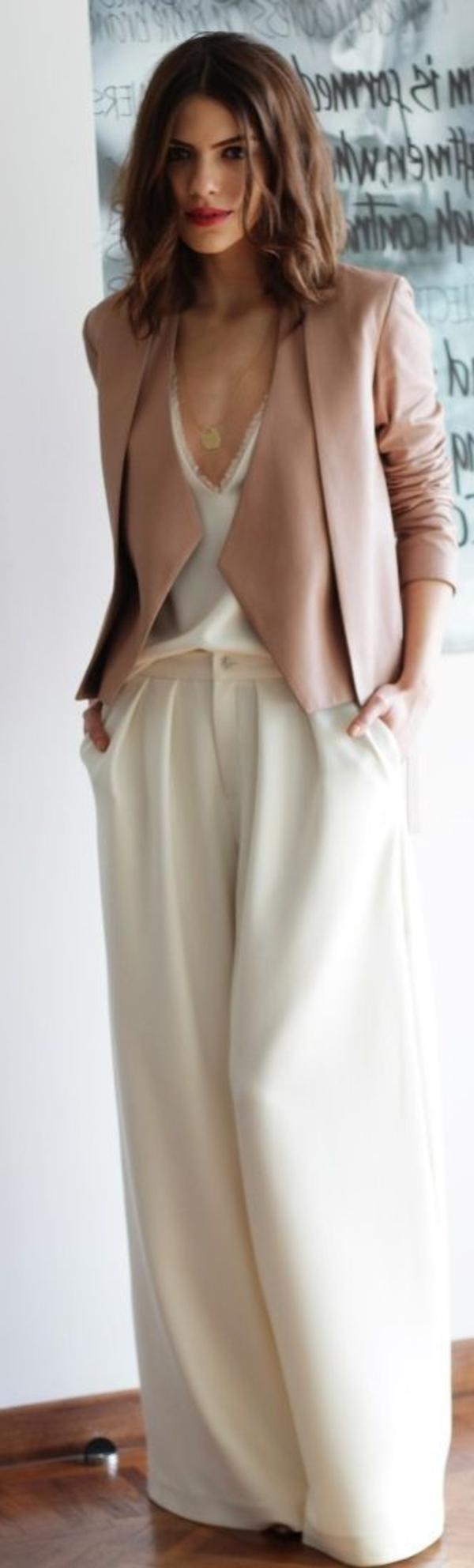 tenue-de-soirée-ou-tenue-chic-en-cuir-zose-pas-typique