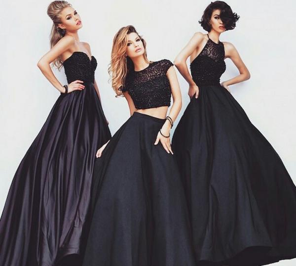 trois-modeles-robes-noires-de-cocktail-soirée-importante