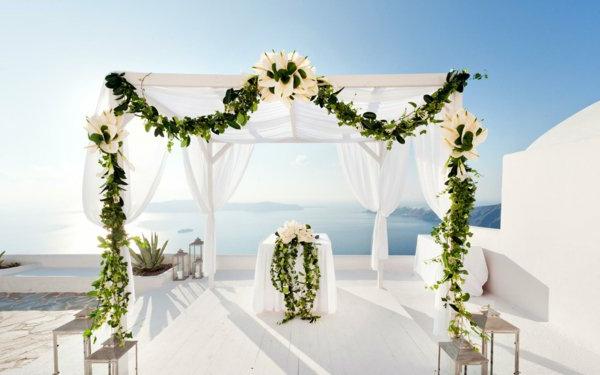 une-mariage-à-santorin-ile-jolie-vacances-en-île
