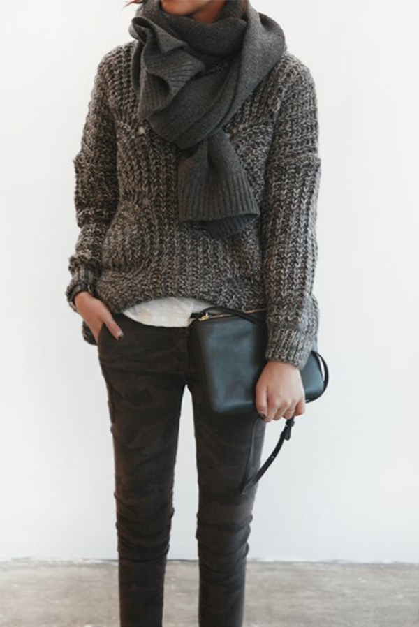 vêtements-gris-moderne-femme