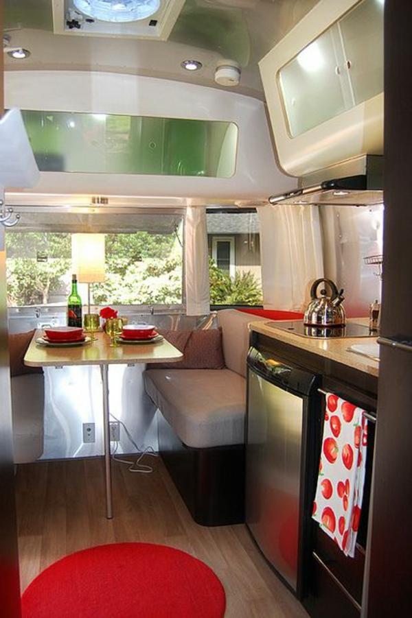 van-aménagé-intérieur-luxe