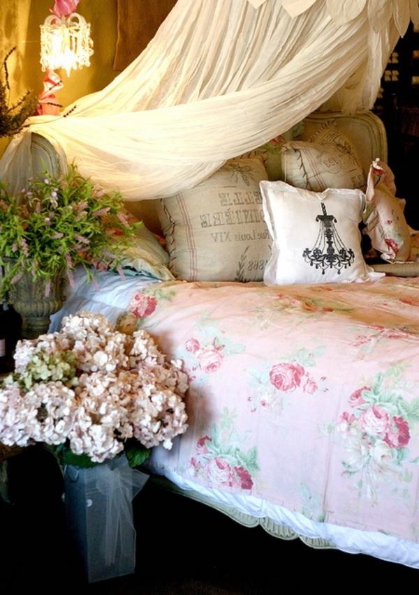 voile-de-lit-rétro-chambre-à-coucher