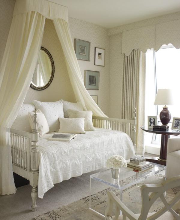 voile-pour-lit-blanc