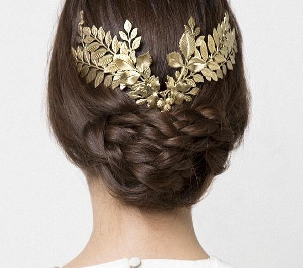 0-bijou-de-cheveux-pour-marriage-femme-brunette-dos-mode