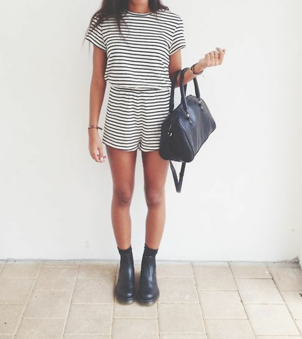 0-combinaison-aux-rayures-blanc-noir-femme-chic