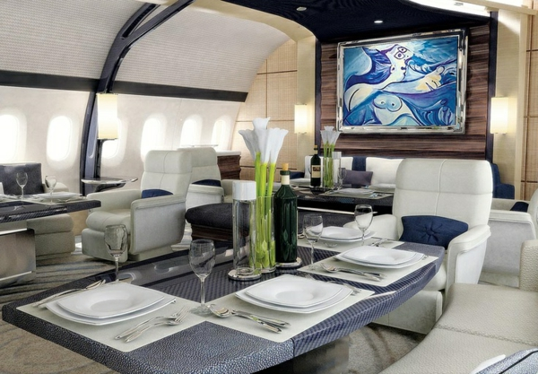 Le jet privé de luxe en 50 photos -> Le Plux Luxieux Des Tables Tv
