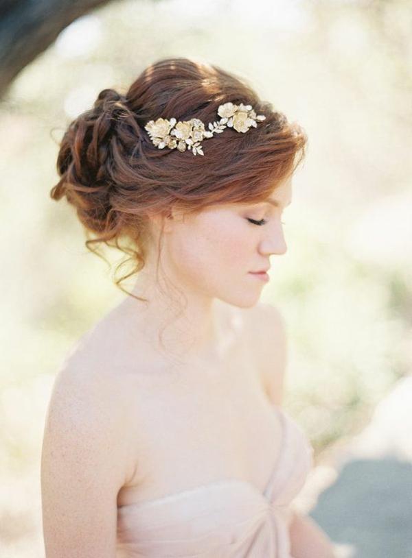 1-bijou-de-cheveux-pour-marriage-femme-brunette-robe-mariage
