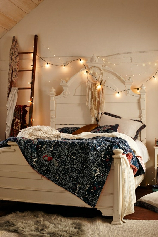 Comment on peut cr er une chambre cocooning for Chambre urban outfitters