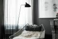 La lampe de lecture, un accessoire ou plutôt une nécessité?