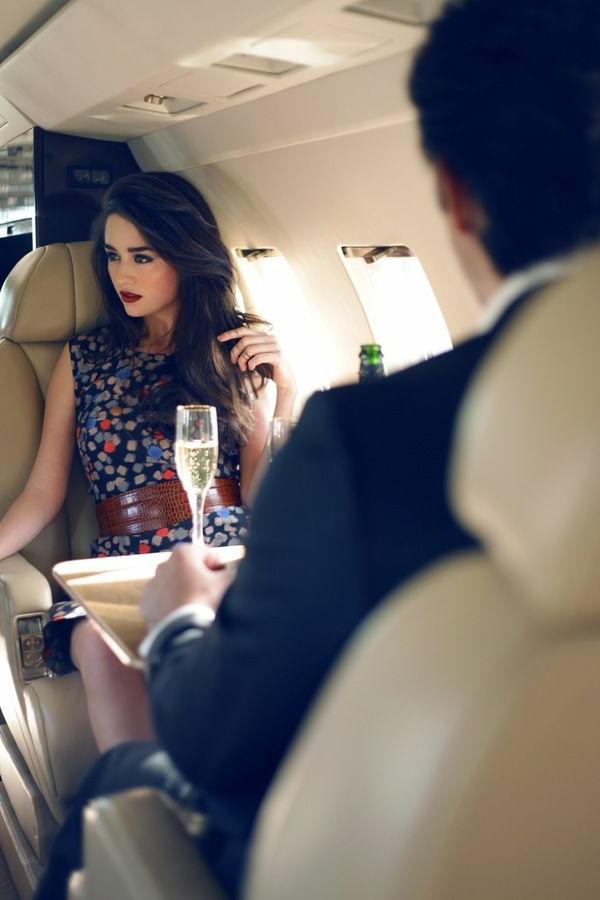 1-déjeuner-jet-privé-vol-femme-homme-intérieur-de-luxe
