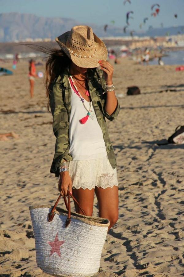 1-femme-sac-a-main-de-plage-en-paille-ete-soleil