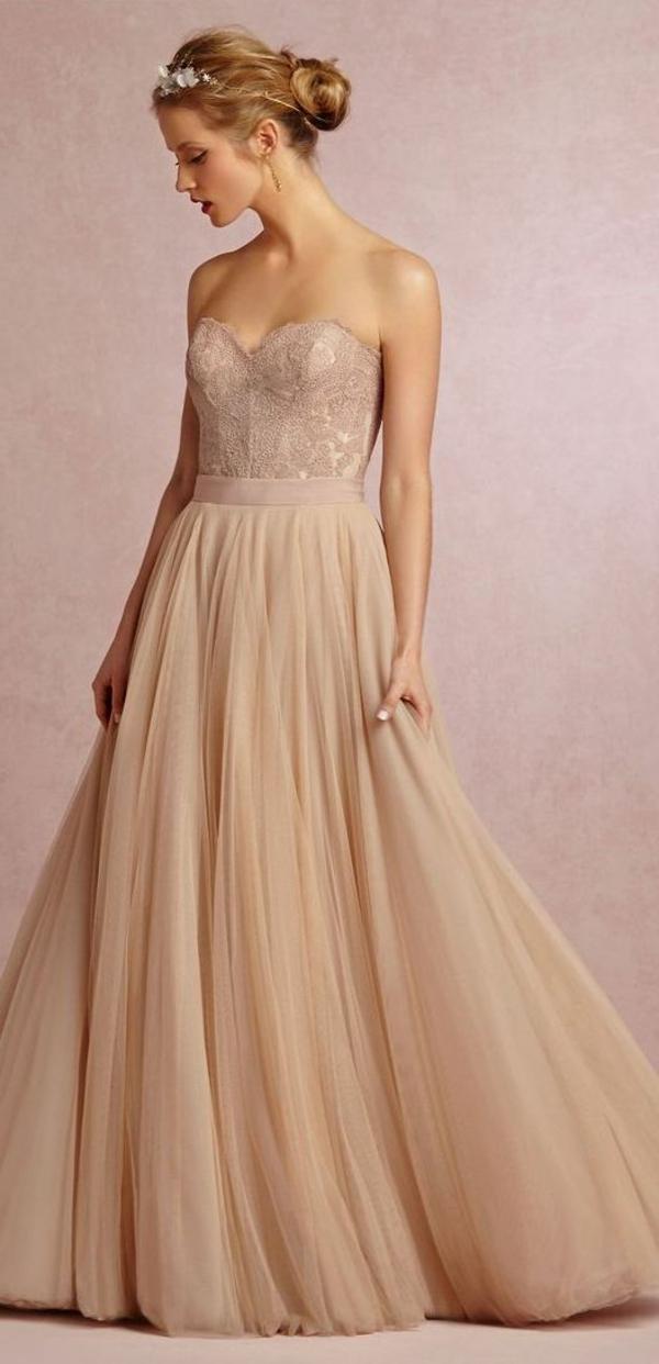inspiration-robe-que-une-princesse-va-porter-pour-se-marier