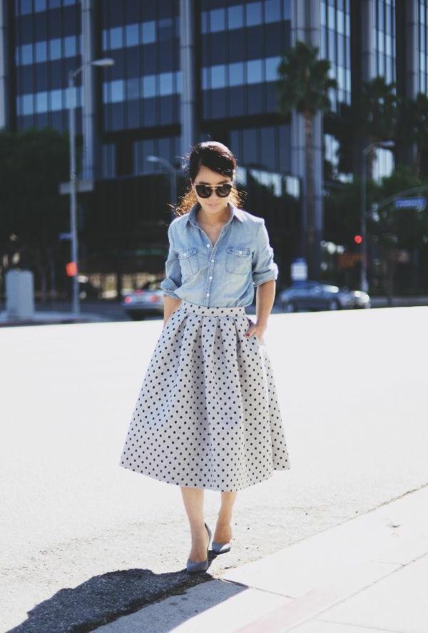 1-jupe-midi-mi-longue-jupe-gris-aux-points-chemise-en-denim