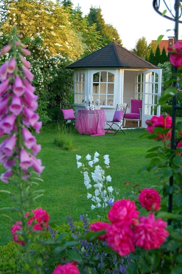 Quel kiosque de jardin pour le cour de vos r ves for Le jardin des fleurs bourges