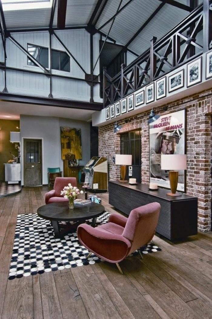 1 loft atelier maison vaste salon vaste fauteuil - Table Atelier Loft