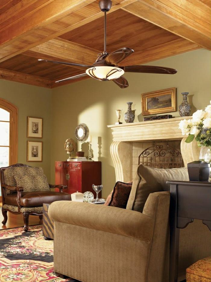 1-lustre-ventilateur-cheminée-toit-en-bois-salon-de-luxe-murs-verts-gris