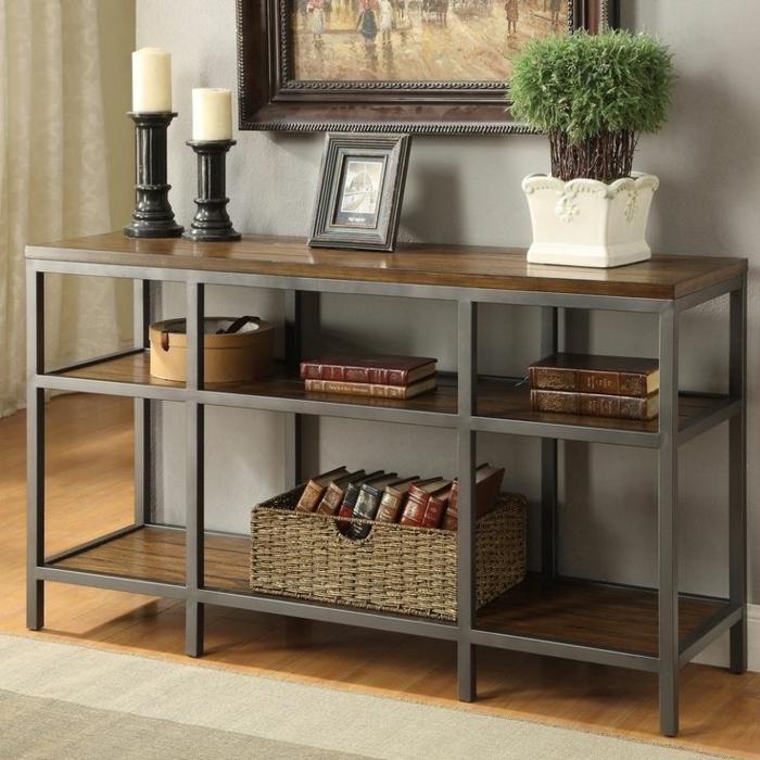 1-meuble-console-en-bois-commode-tapis-beige-sol-en-parquet-plante-verte-peinture