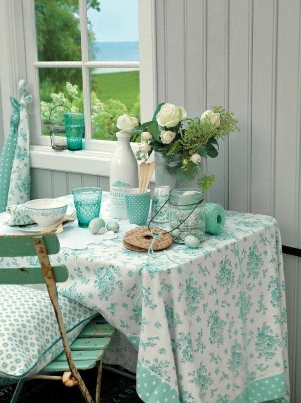 1-nappe-bleu-blanche-fleurs-set-de-table-serviette-de-table-coloré-blanc-bleu