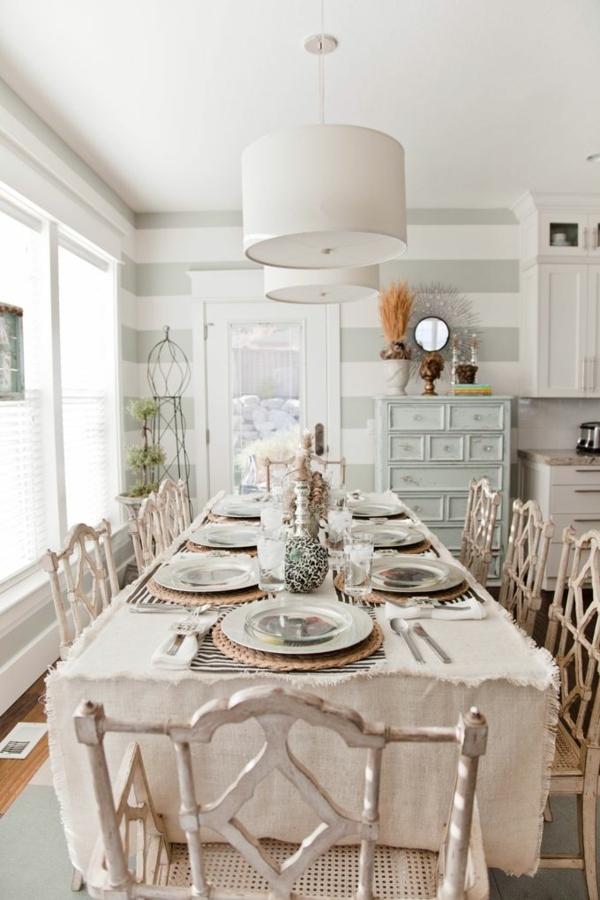 1-nappe-de-table-en-lin-beige-ambiance-rustique-élégante
