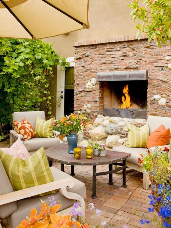 70 photos de tables de jardin qui vont transformer la cour - Amenagement petite cour exterieure ...